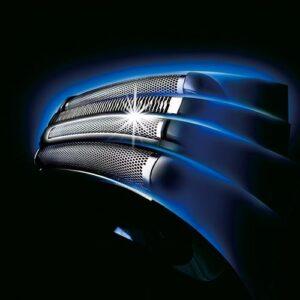 Arc4 shaving technology of Panasonic ES-LA93-K Arc4 Electric Shaver